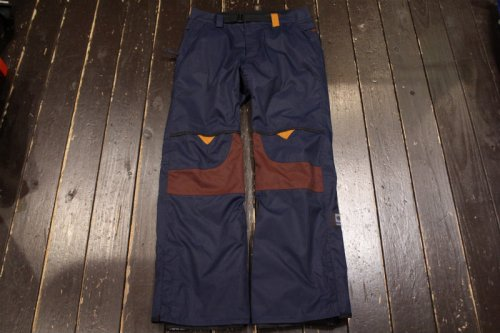 <img class='new_mark_img1' src='//img.shop-pro.jp/img/new/icons14.gif' style='border:none;display:inline;margin:0px;padding:0px;width:auto;' />686 FOREST BAILEY COSMIC FUN PANT MIDNIGHT BLUE COLORBLOCK
