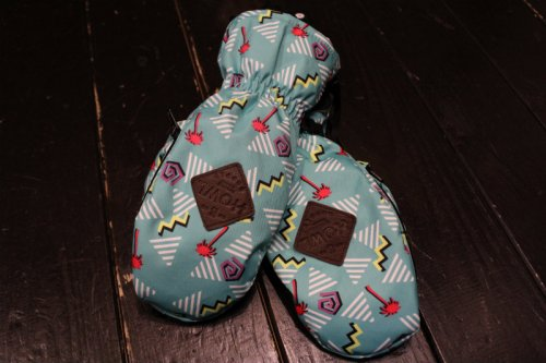 <img class='new_mark_img1' src='//img.shop-pro.jp/img/new/icons14.gif' style='border:none;display:inline;margin:0px;padding:0px;width:auto;' />HOWL INDY MITT AQUA