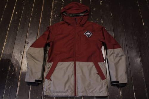 <img class='new_mark_img1' src='//img.shop-pro.jp/img/new/icons20.gif' style='border:none;display:inline;margin:0px;padding:0px;width:auto;' />thirtytwo SHILOH INSULATED JACKET BURGUNDY