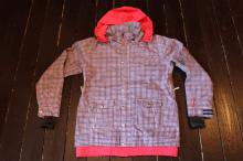 <img class='new_mark_img1' src='//img.shop-pro.jp/img/new/icons20.gif' style='border:none;display:inline;margin:0px;padding:0px;width:auto;' />FLAUNT SUMMIT JACKET NEVY (WOMENS)