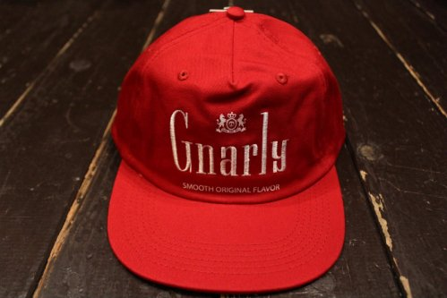 GNARLY GNARLBORO CAP RED/WHITE