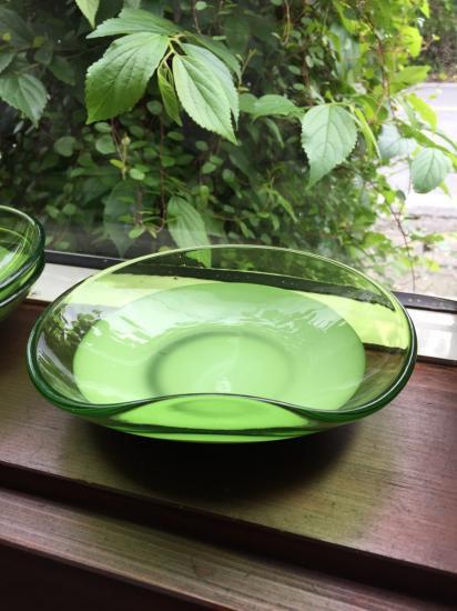 変形ガラス中皿