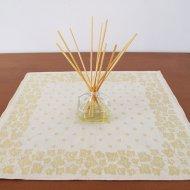 TAMPELLA/タンペラ Dora Jung/ドラ・ユング ダマスク織りのテーブルセンター 43.5x44.5