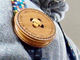 レンズキャップケース (木と革の肩紐用ポーチ01)