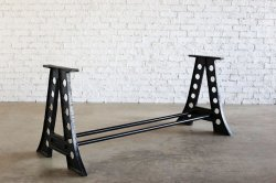 <img class='new_mark_img1' src='https://img.shop-pro.jp/img/new/icons47.gif' style='border:none;display:inline;margin:0px;padding:0px;width:auto;' />IRON TABLE LEGS