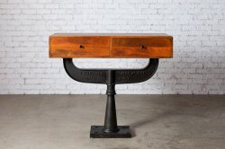 <img class='new_mark_img1' src='https://img.shop-pro.jp/img/new/icons47.gif' style='border:none;display:inline;margin:0px;padding:0px;width:auto;' />IRON WOODEN 2Dr CONSOLE TABLE