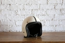 <img class='new_mark_img1' src='https://img.shop-pro.jp/img/new/icons14.gif' style='border:none;display:inline;margin:0px;padding:0px;width:auto;' />Vintage Helmet