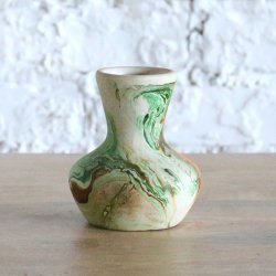 <img class='new_mark_img1' src='https://img.shop-pro.jp/img/new/icons14.gif' style='border:none;display:inline;margin:0px;padding:0px;width:auto;' />Nemadji pottery vase