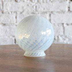 <img class='new_mark_img1' src='https://img.shop-pro.jp/img/new/icons14.gif' style='border:none;display:inline;margin:0px;padding:0px;width:auto;' />OPALESCENT SWIRL BALL SHADE