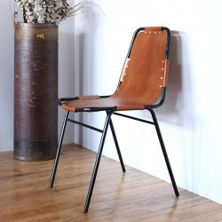 <img class='new_mark_img1' src='https://img.shop-pro.jp/img/new/icons59.gif' style='border:none;display:inline;margin:0px;padding:0px;width:auto;' />LEATHER STEEL CHAIR BLACK/CAMEL