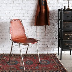 <img class='new_mark_img1' src='https://img.shop-pro.jp/img/new/icons57.gif' style='border:none;display:inline;margin:0px;padding:0px;width:auto;' />LEATHER CHAIR SILVER/CAMEL