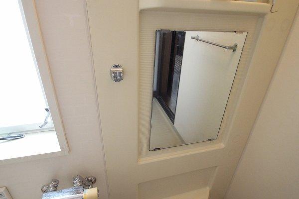 お風呂の鏡を変えて、ピカピカに