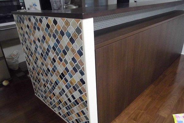 キッチンにコラベルタイルを自分施工