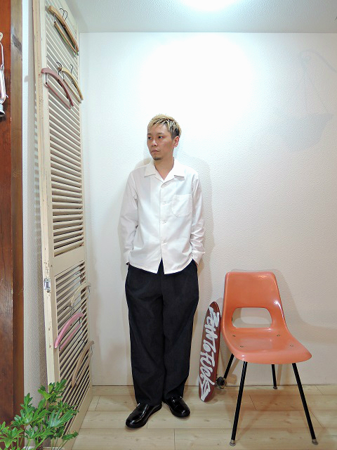 "shirt/TOWN CRAFT-SOLID NEL OPEN SHIRTS(SIZE M)pants/modem design-SIDE LINE EASY CORDUROY PANTS(M-1707556)(SIZE 2)shoes/MANEBU-""ROAR""FACE SKIN(SIZE 40)を使ったコーディネート"