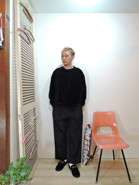 "tops/TOWN CRAFT-VELOR POCKET CREW(SIZE M)tee/LOCALINA-FLATSEAM L/S TEE(SIZE 1)pants/modem design-SIDE LINE EASY CORDUROY PANTS(M-1707556)(SIZE 2)shoes/MANEBU-""BITCH""SUEDE(SIZE 40)を使ったコーディネート"
