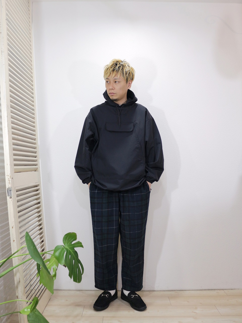 "outer/SUNNY SPORTS-MOUNTERS SHORT JACKET(SIZE M)pants/COOKMAN-Chef Pants Corduroy Tartan(SIZE L)shoes/MANEBU-""BITCH""NUBUCK(SIZE 40)socks/decka-PLAIN MERCERIZATION SOCKS(SIZE MEN)を使ったコーディネート"