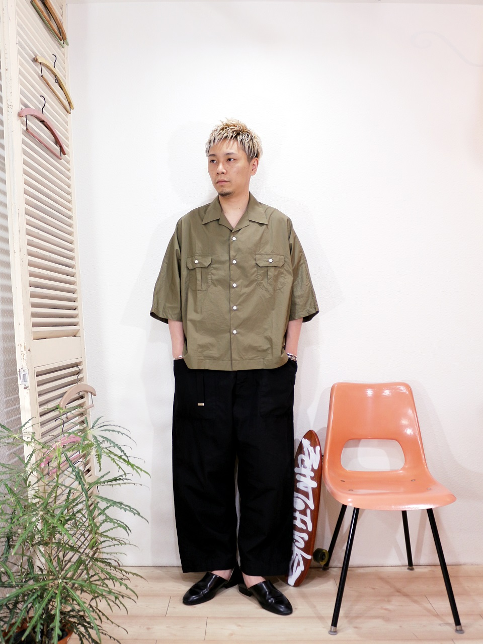shirt/H.UNIT STORE LABEL-Dolman open collar short sleeves shirt(SIZE 1)pants/odorlesstasteless-WEATHER DUCK(SIZE 02)を使ったコーディネート