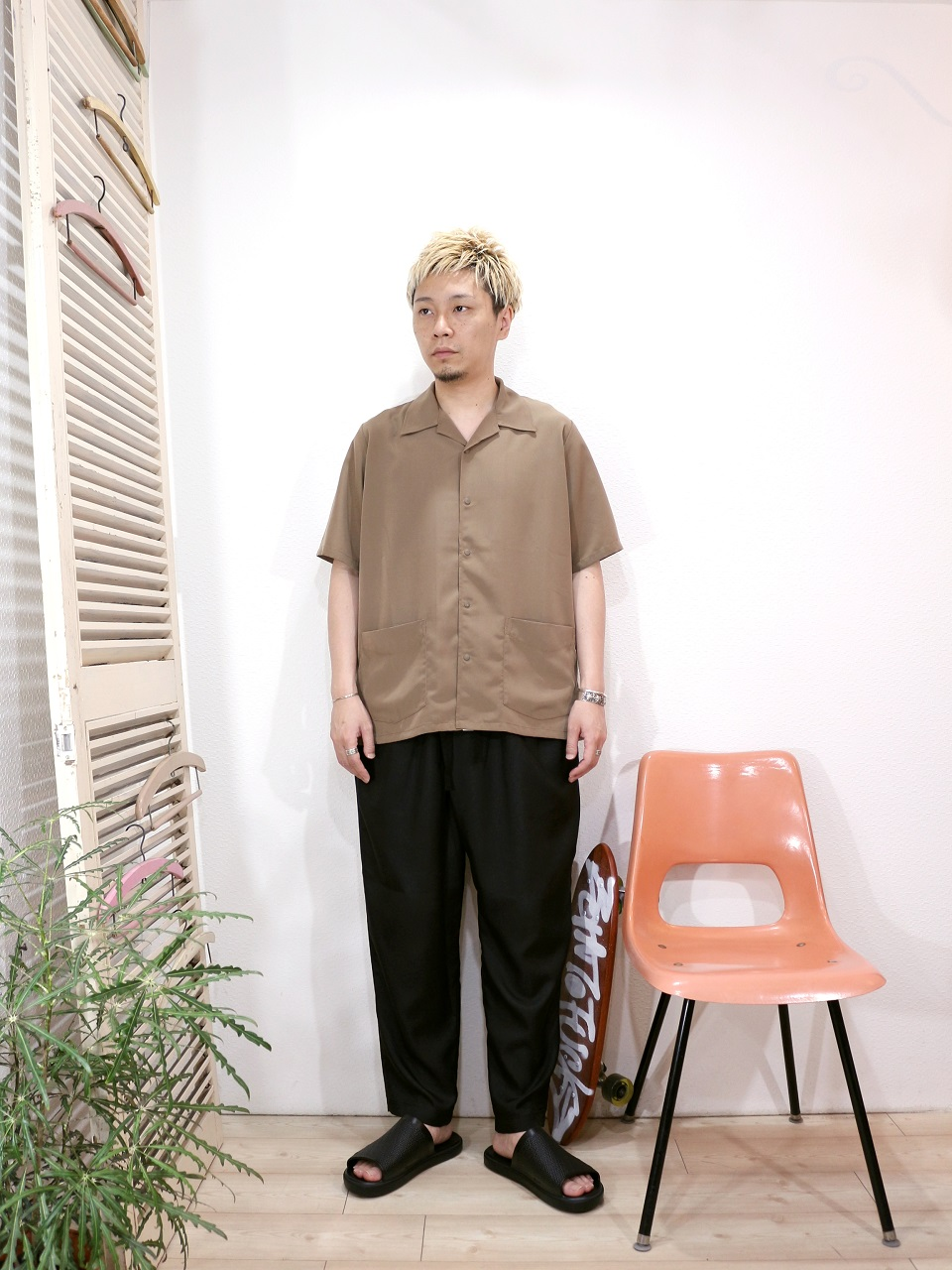 shirt/Kelen-Millet(SIZE 38)pants/MANUAL ALPHABET-SURGE EASY PANTS(SIZE 1)shoes/SUICOKE-SUBIM(US 8)を使ったコーディネート