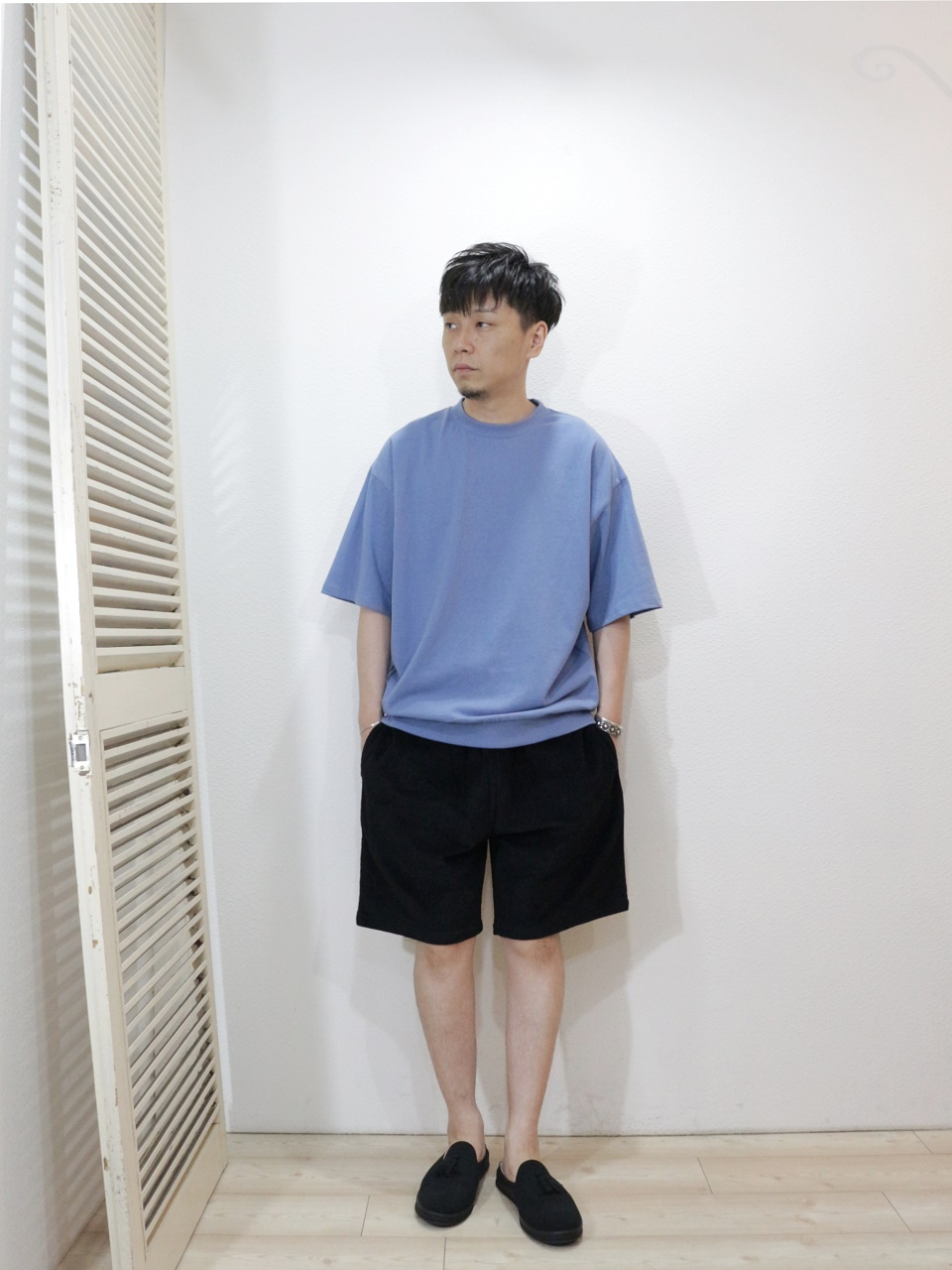 "tee/ELEVEN EIGHT-HEAVY WEIGHT SWEAT STYLE S/S(SIZE M)pants/COOKMAN-Chef Short Pants Corduroy(SIZE L)shoes/MANEBU-""PRAN SLIPPER""SUEDE(SIZE 40)を使ったコーディネート"