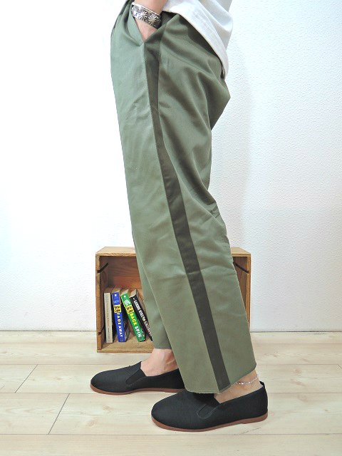 【modem design】SIDE LINE EASY CHINO PANTS(M-1705354):画像4