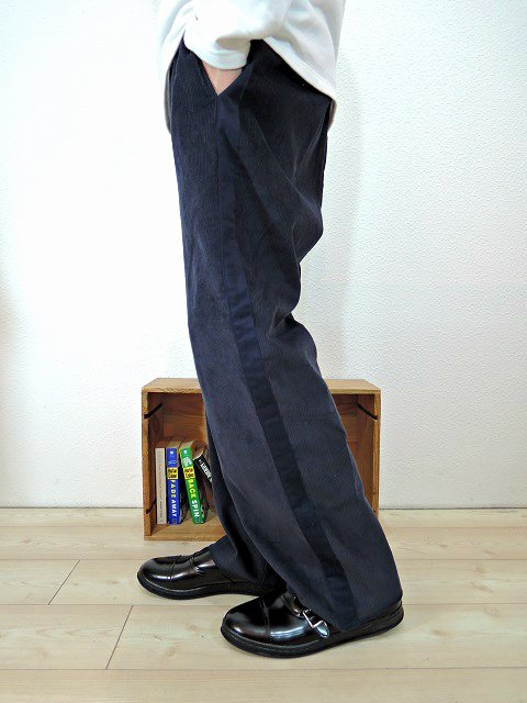 【modem design】SIDE LINE EASY CORDUROY PANTS(M-1707556):画像4