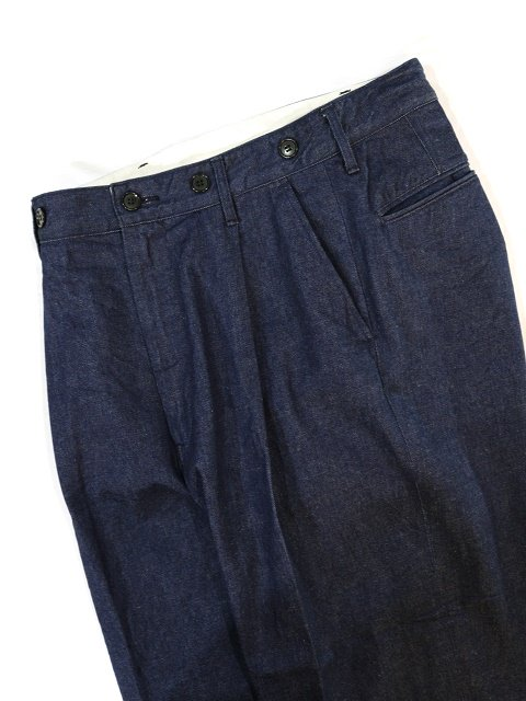 【H.UNIT】Denim crown size tuck trousers:画像4