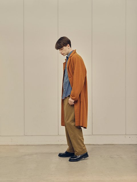 【H.UNIT】Classic chino two tuck trousers:画像3