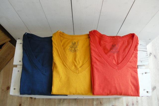 【FRUIT OF THE LOOM】PIECE DYEING V-NECK S/S Tee【DM便発送可能】