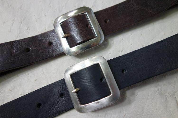 UN-SYMMETRY GARRISON BELT (DAYTONA LEATHER) CHOCO / BLACK
