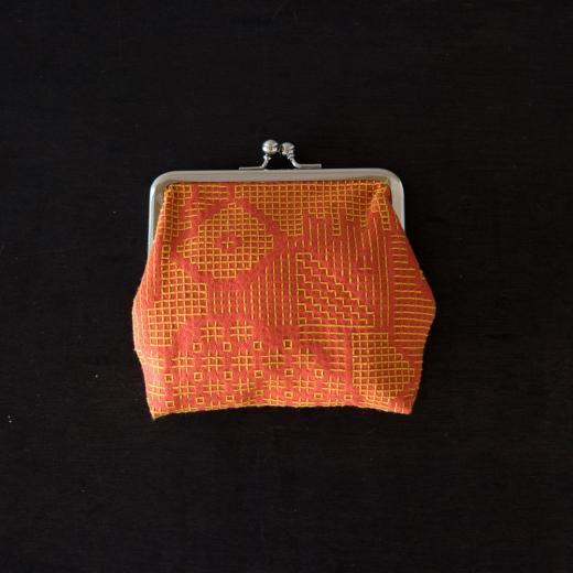 tenp02 福島の刺子織 がまぐち正(レッド)