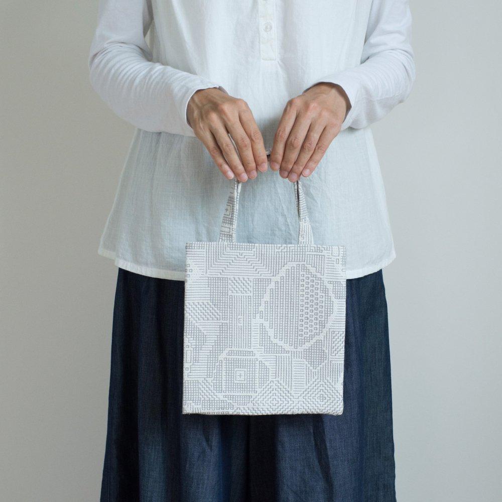 tenp02 福島の刺子織 ミニバッグ(オフホワイト)