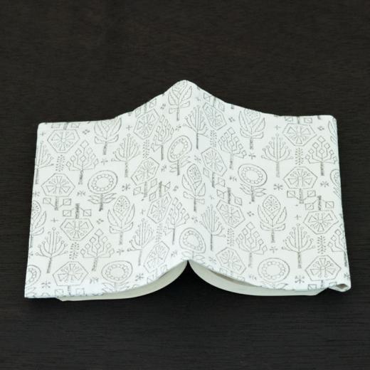 tenp05 インドのブロックプリント ブックカバー バローダの花(グレー)