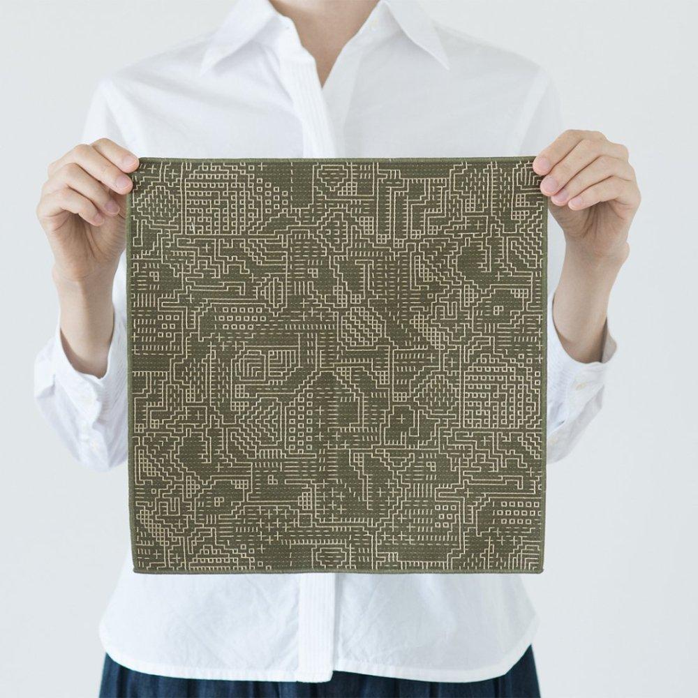 tenp02 福島の刺子織 ハンカチ (モスグリーン)