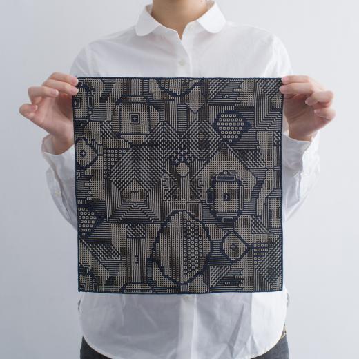 tenp02 福島の刺子織 ハンカチ(ネイビー)