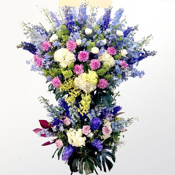 青系のスタンド花(二段)kp-019 - スタンド花なら勝ち花.com