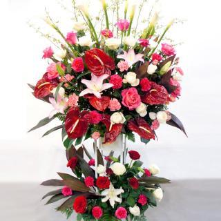 rp-002 情熱的な色合いのスタンド花(二段)