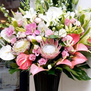 kp-001 上品な大人の雰囲気のスタンド花