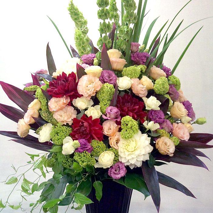 kp-002 オススメの花を贅沢に使ったスタンド花 - スタンド花なら勝ち花.com