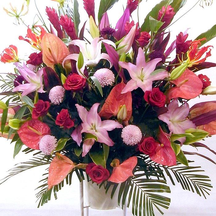人気の色合い!ピンクレッドのスタンド花 ep-001 - スタンド花なら勝ち花.com