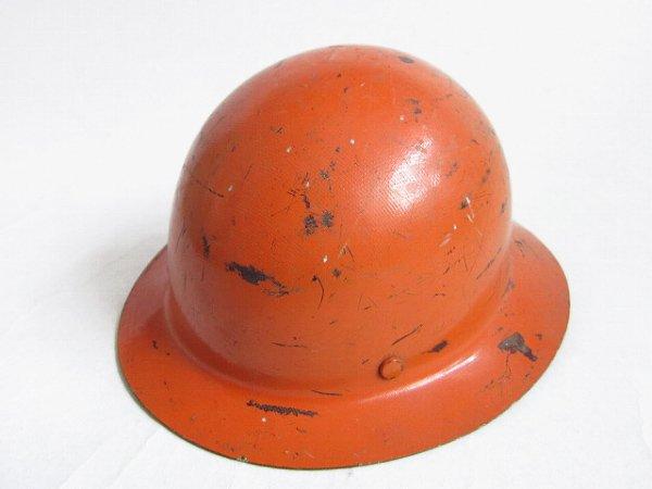 全周ツバ付き/皿型/ヘルメット/オレンジ系/ブロディ・ヘルメット風/レトロ/安全/中古/インテリア/店舗什器/D140