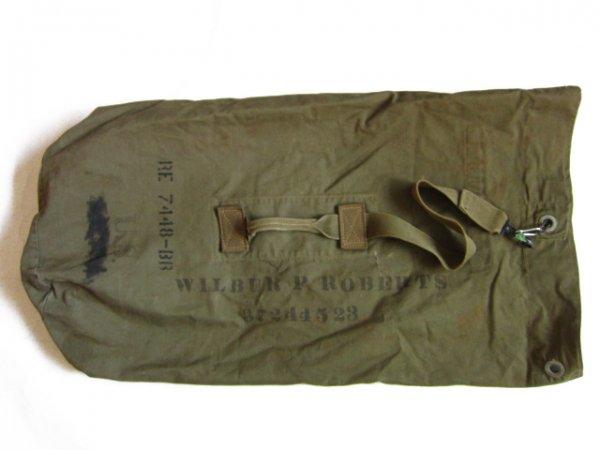 WW2/40's/実物/米軍/キャンバス/ダッフルバッグ/緑系/バラックバッグ/WW�/ビンテージ/店舗什器/リメイク利用にも/D140