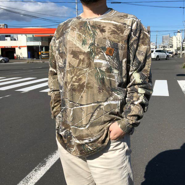 carhartt/カーハート/迷彩/リアルツリー カモ/ポケット付き長袖Tシャツ【L】コットン/ポケT/ロンT/D143