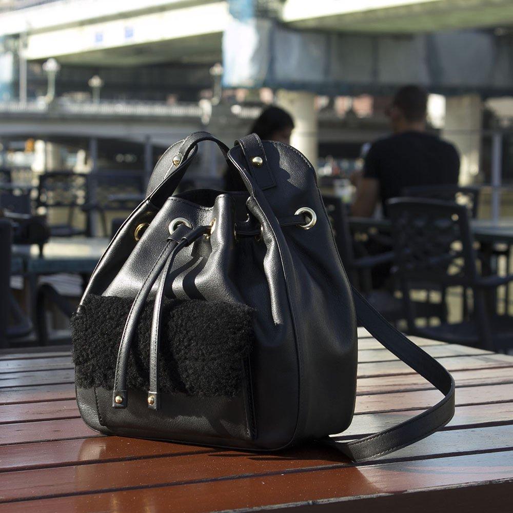 ムートンコンビ 巾着ショルダーバッグ ブラック 日本製