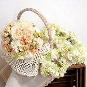 優しく柔らかい印象の素敵花嫁!ピーチ色ブーケ&ブートニアと紫陽花の花冠&リストレットセット