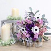 大人可愛くナチュラルなウェディングブーケ! シックピンク系バラと紫アネモネ、薄紫スイートピーのクラッチブーケ&ブートニア