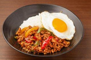 都萬牛 ガパオ 120g(冷凍)