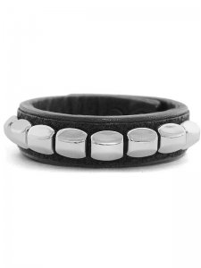 <strong>BLACK TRIANGLE DESIGN</strong>CHEVRON STUDS LEATHER BRACELET<br>SILVER