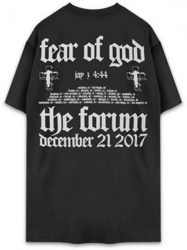 <strong>FEAR OF GOD JAY-Z</strong>FEAR OF GOD JAY-Z SHORT SLEEVE T-SHIRT<br>BLACK