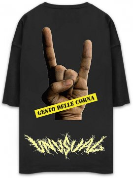 <strong>UNUSUAL</strong>CORNA POCKET OVERSIZED T-SHIRT<br>BLACK