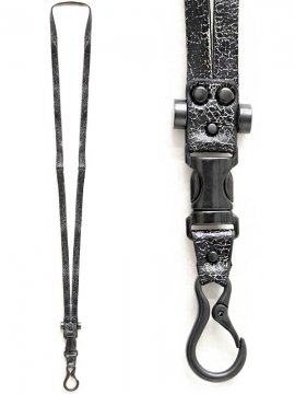 <strong>BLACK TRIANGLE DESIGN</strong>FASTEX buckle leather Neck holder<br>BLACK x BLACK CRACK